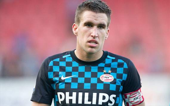 Kevin Strootman - Potential Arrival at Old Trafford in the ...